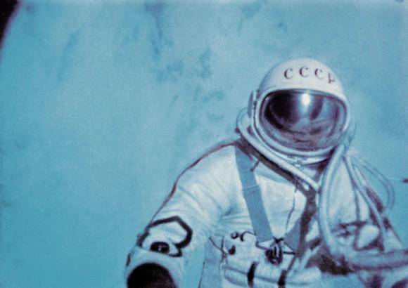 Леонов в космосе